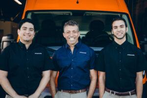 911Restoration-teamwork
